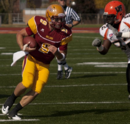 Victory Lost: Ferris State quarterback Tom Schneider and the rest of the Bulldogs lost to Indianapolis on Saturday after giving up 13 points in the fourth quarter. Schneider completed 24 of 31 passes for a total of 201 yards. Photo By: Kate Dupon | Photo Editor